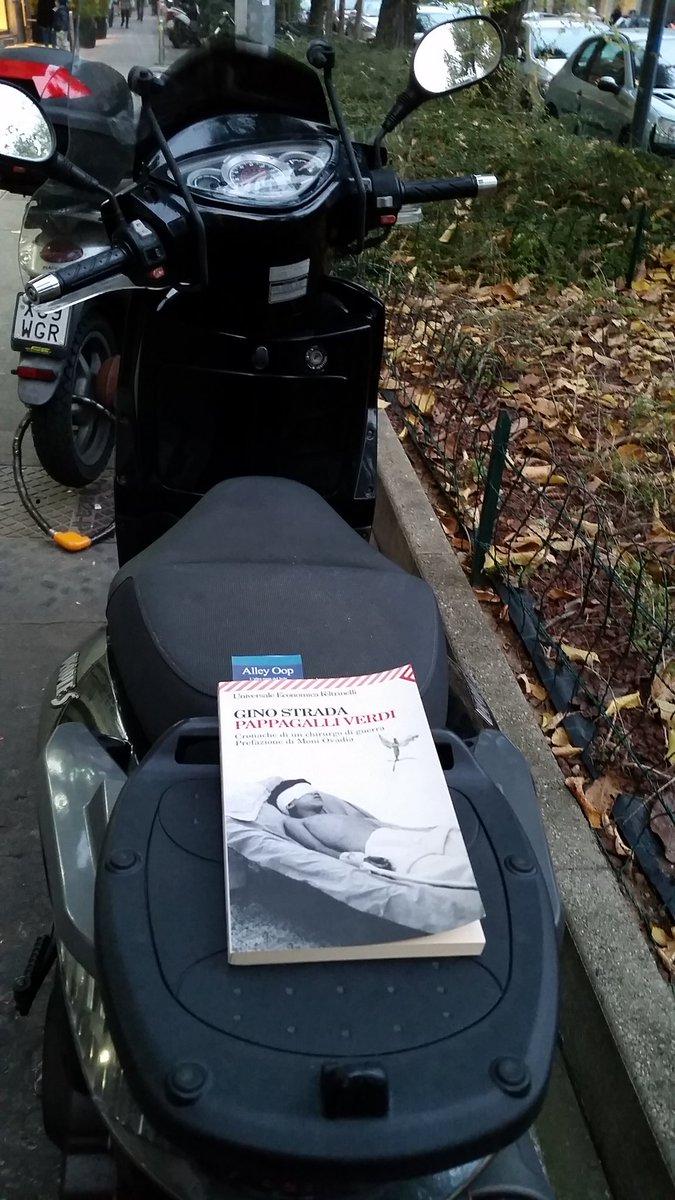 Zona Buonarroti a Milano ... chi lo troverà?  #AlleyBooks #BookCity E voi dove avete lasciato il vostro? https://t.co/xppBi1mklZ