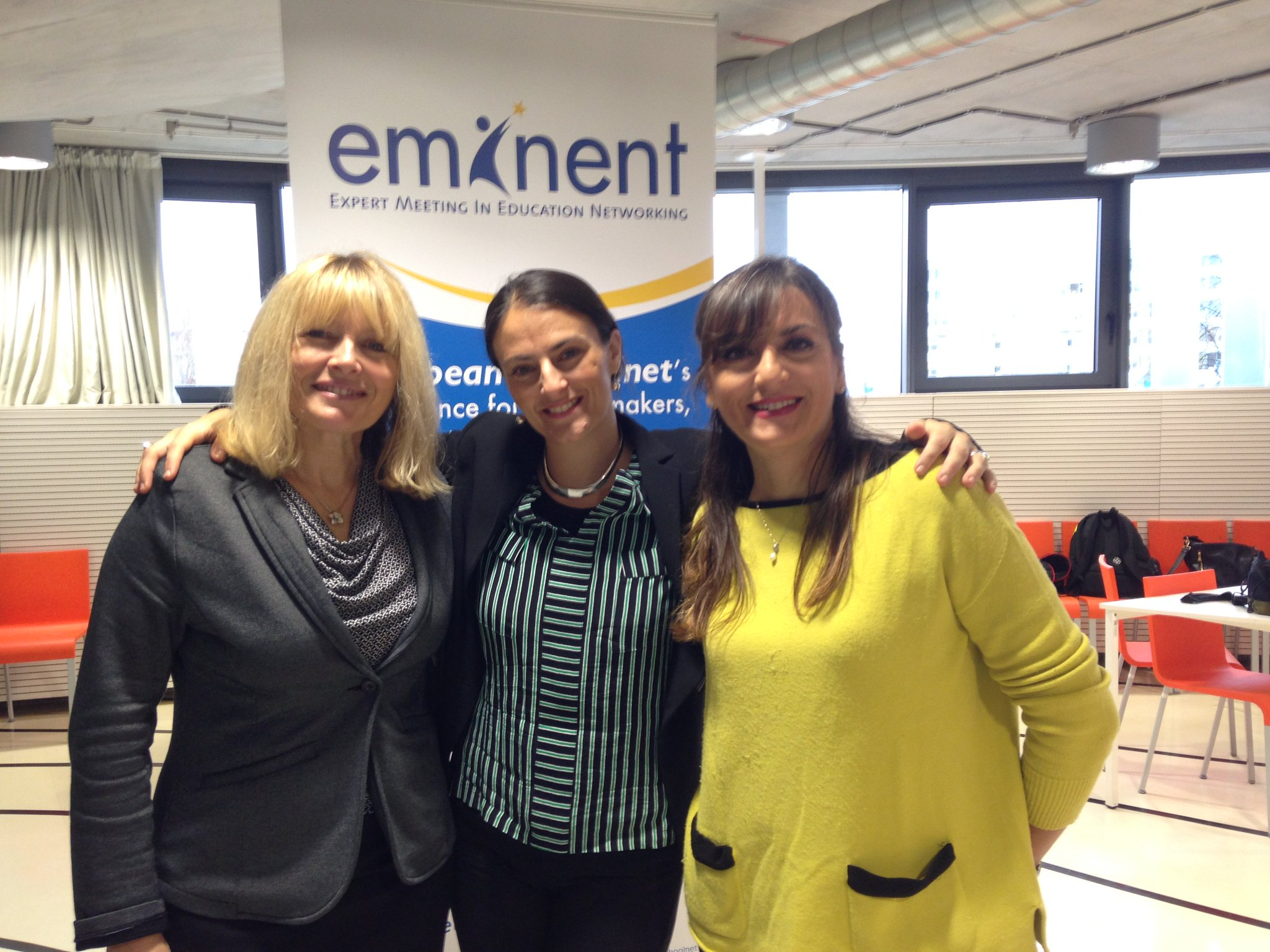 F2F collaboration with @CBKearney & @PatriziaRoma1 #Eminent2016 #Colab_eu https://t.co/0WfgrY2AuF