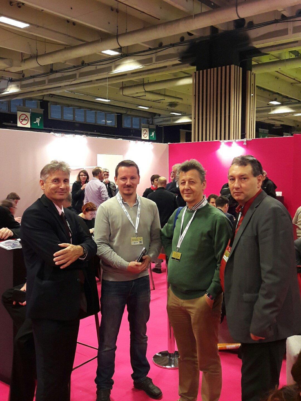 Quand la DT PACA de @reseau_canope retrouve les ambassadeurs du #numérique de Wallonie à #educatectice #international Rencontres de l'@ORME2 https://t.co/MTmFhcqADX