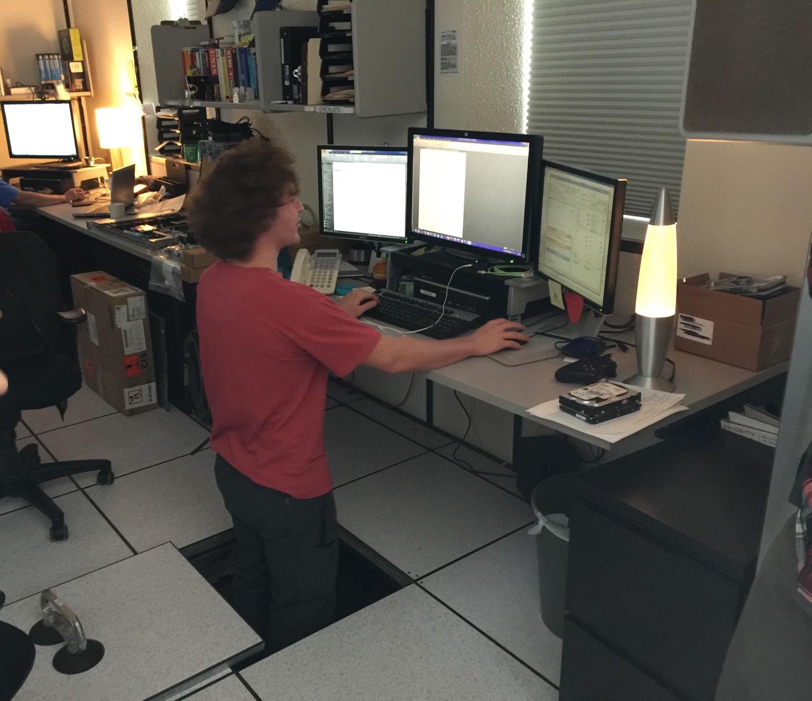 Marta Svetek On Twitter Standing Desk Hack Level 9000