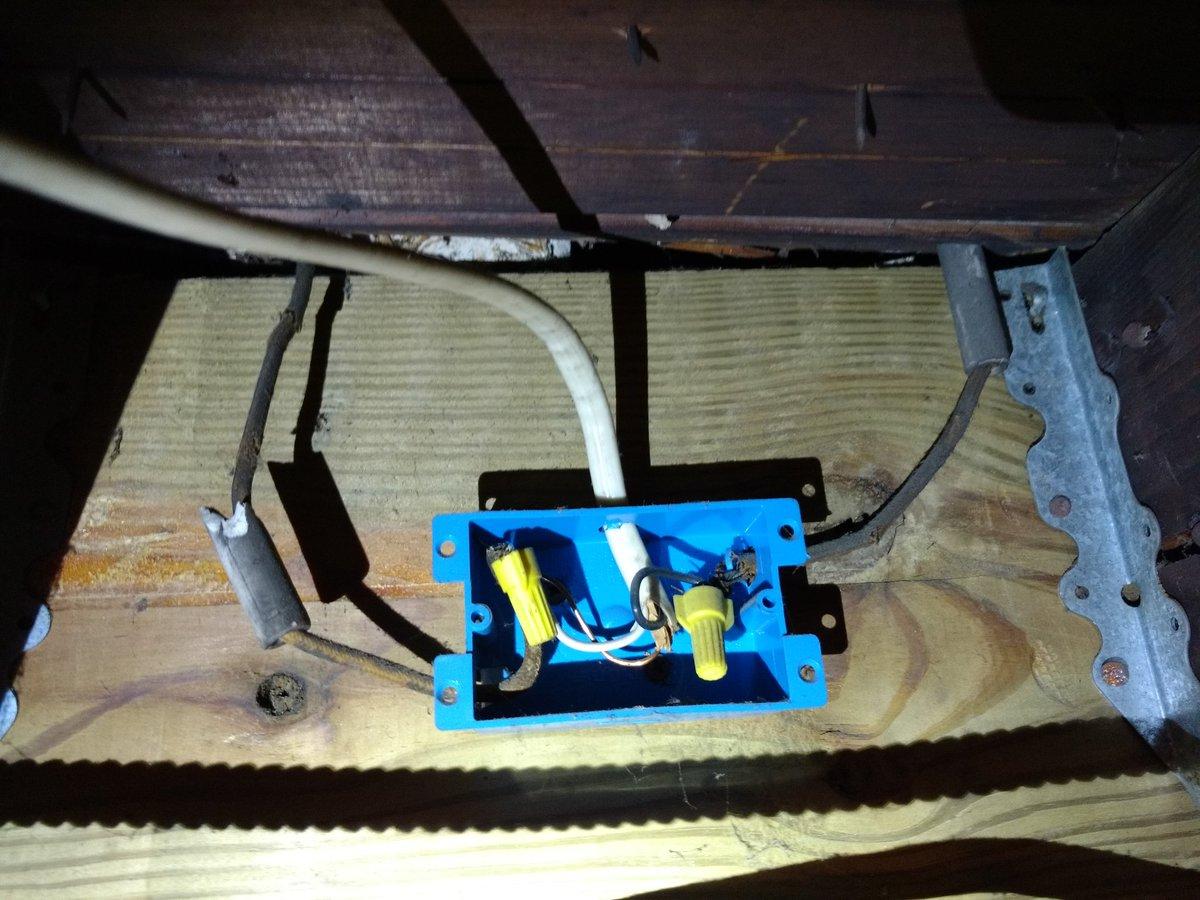 Knobandtube Hashtag On Twitter Dangerous Electrical Wiring