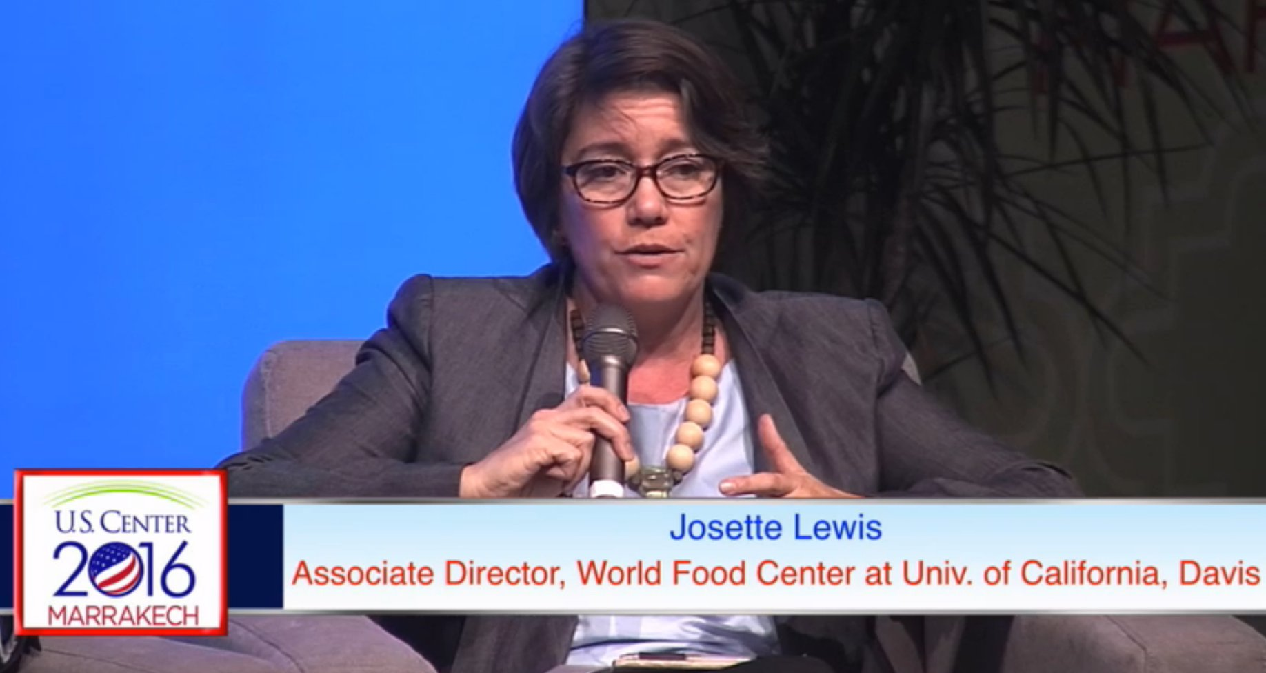 .@ucdavis engages w our own ag sector in CA, also takes those lessons globally to share expertise with other countries -Lewis #COP22 https://t.co/CWtLmEBezQ
