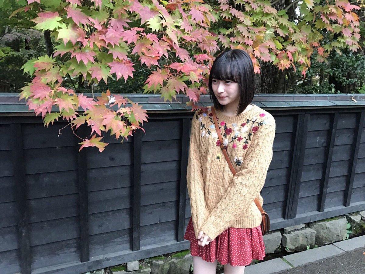 鈴木絢音の私服画像