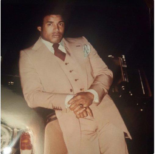 dress style 1970 usc