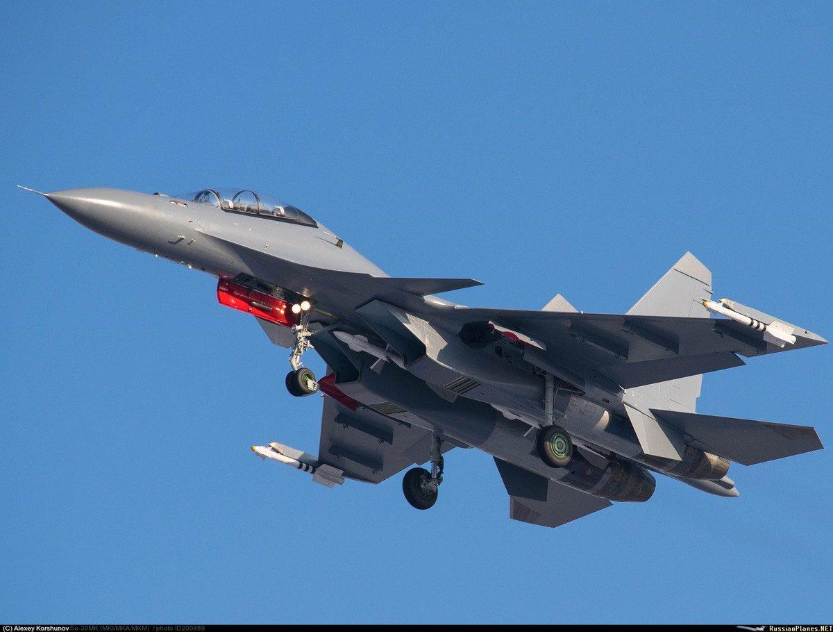 الجزائر توقع عقدا مع روسيا لشراء 14 مقاتله اضافيه نوع  Su-30 MKA  CxeiNPjUQAAJ0ED
