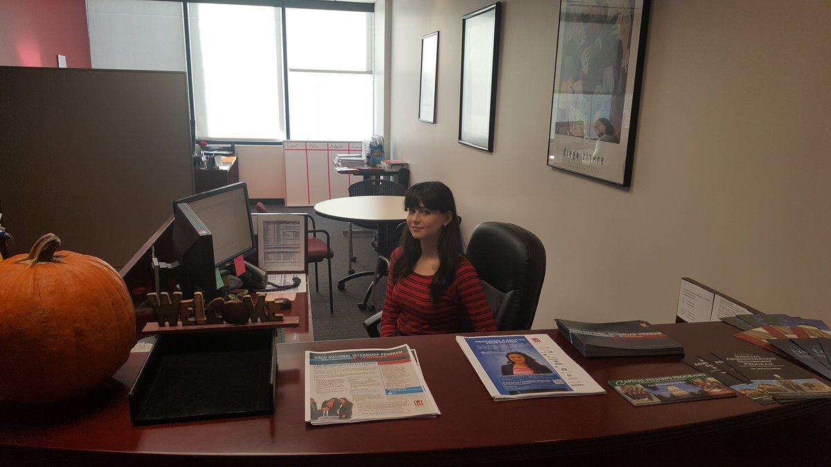 The Met Sacramento On Twitter Student Aubrey Berg Working At Her Internship HACUWRO Realworldlearning Profdev Tco WzsznoDaXS