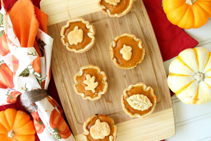 Mini Pumpkin Spice Pies :
