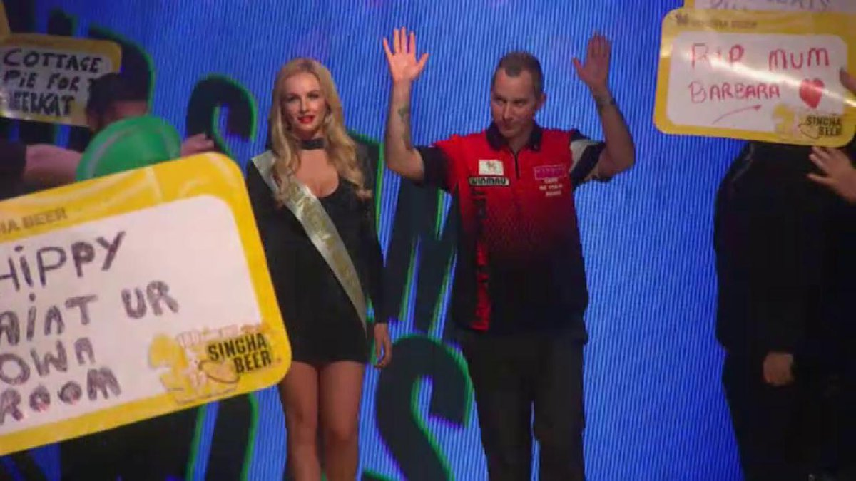 Leaving the club after pulling an absolute worldie 🙌🏼🙌🏼🙌🏼🙌🏼🙌🏼 #SinghaGSOD