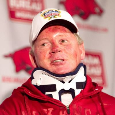 The last time Bobby Petrino lost control on the road like this... https://t.co/NMyo7pzQ1i
