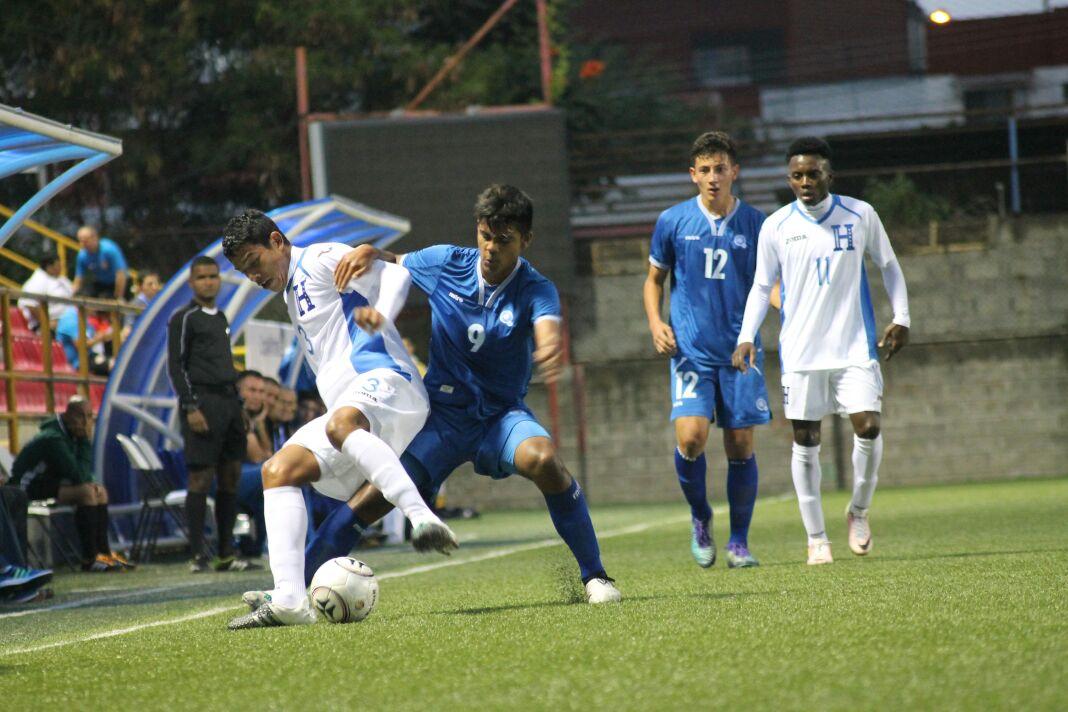 Eliminatorias de centroamerica rumbo al mundial sub17 de india 2017. El Salvador 0 Honduras 2. CxgBbXxWQAAhT66