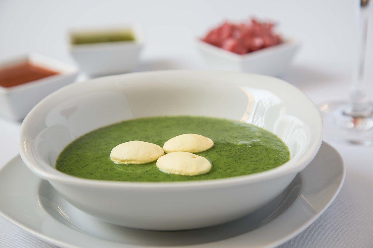 vista de la sopa de chaya de la comida típica de Tabasco