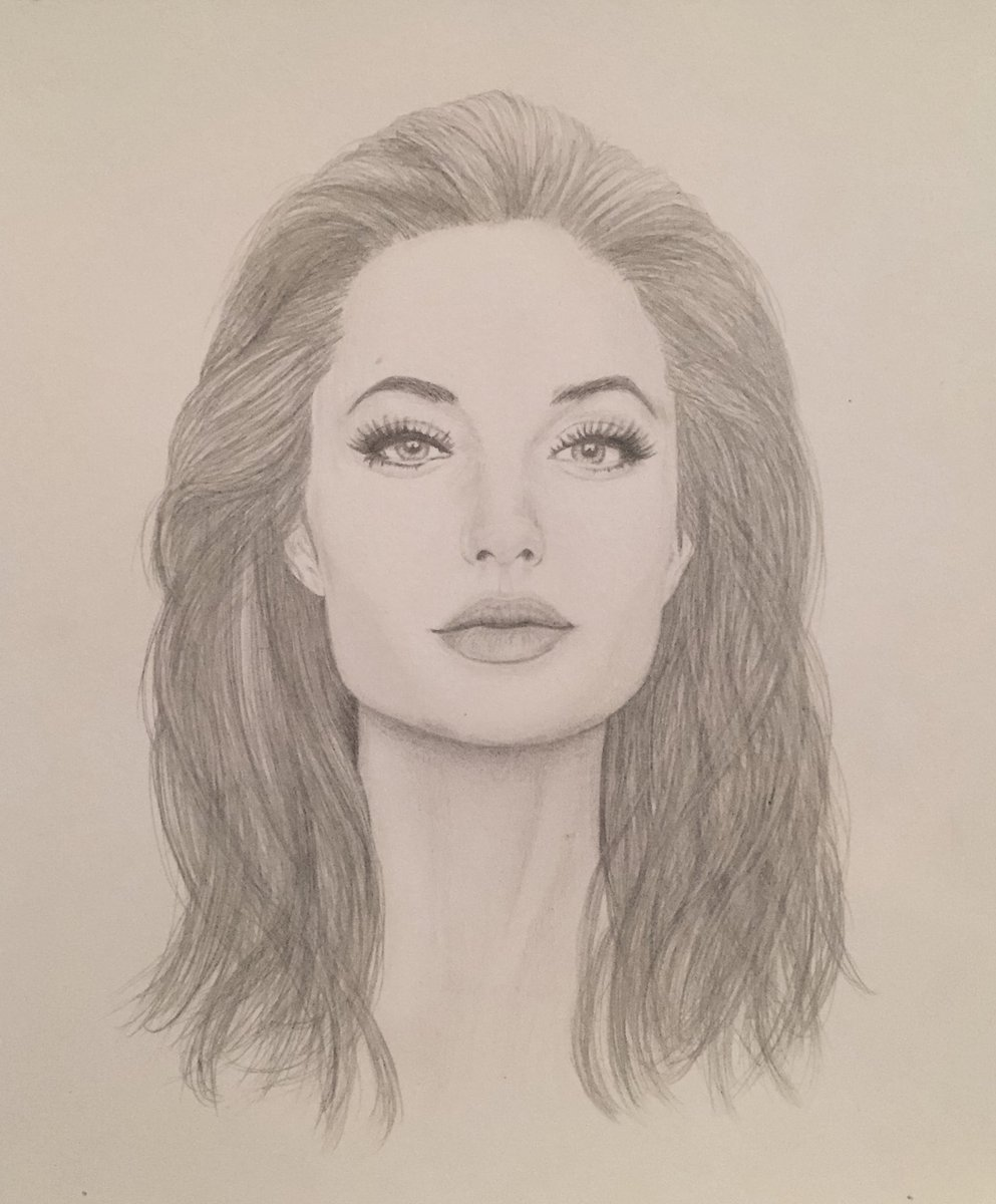 Lauren hyndman on twitter my pencil drawing of angelina jolie angelinajolie pencildrawing fabercastell