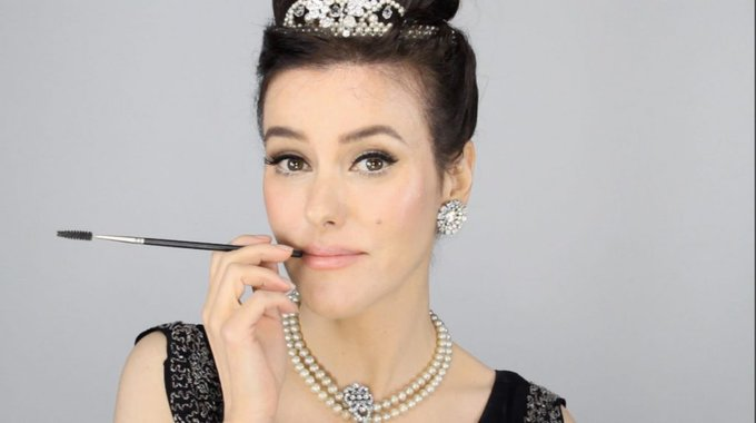 Audrey Hepburn - Breakfast at Tiffany's Inspired Makeup Tutorial MakeUp LoveYouLisa -