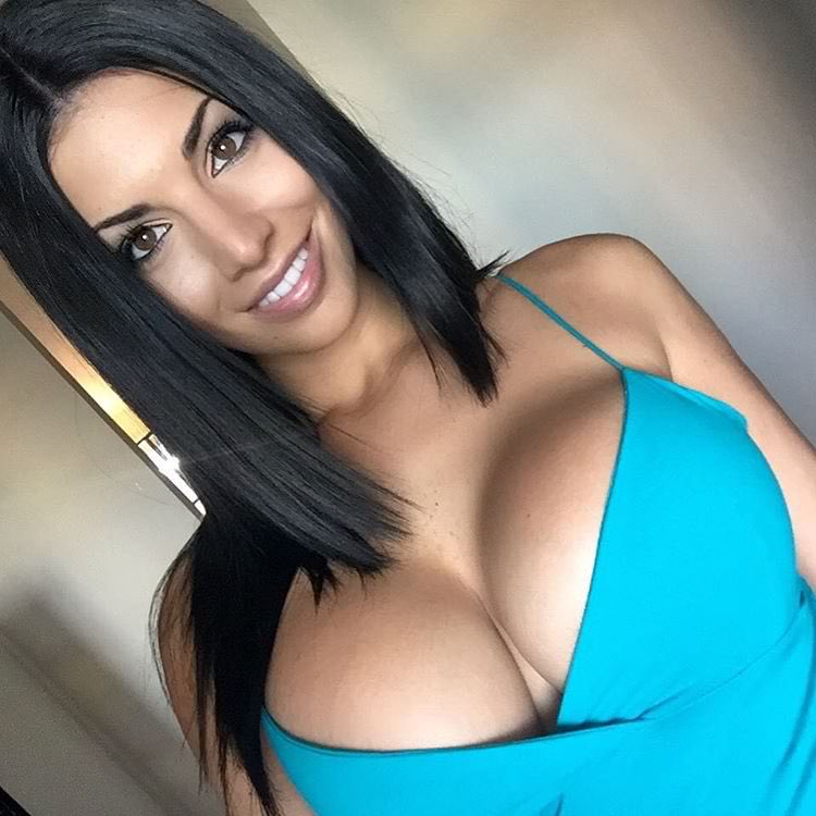 Big Tit Brunette Latina