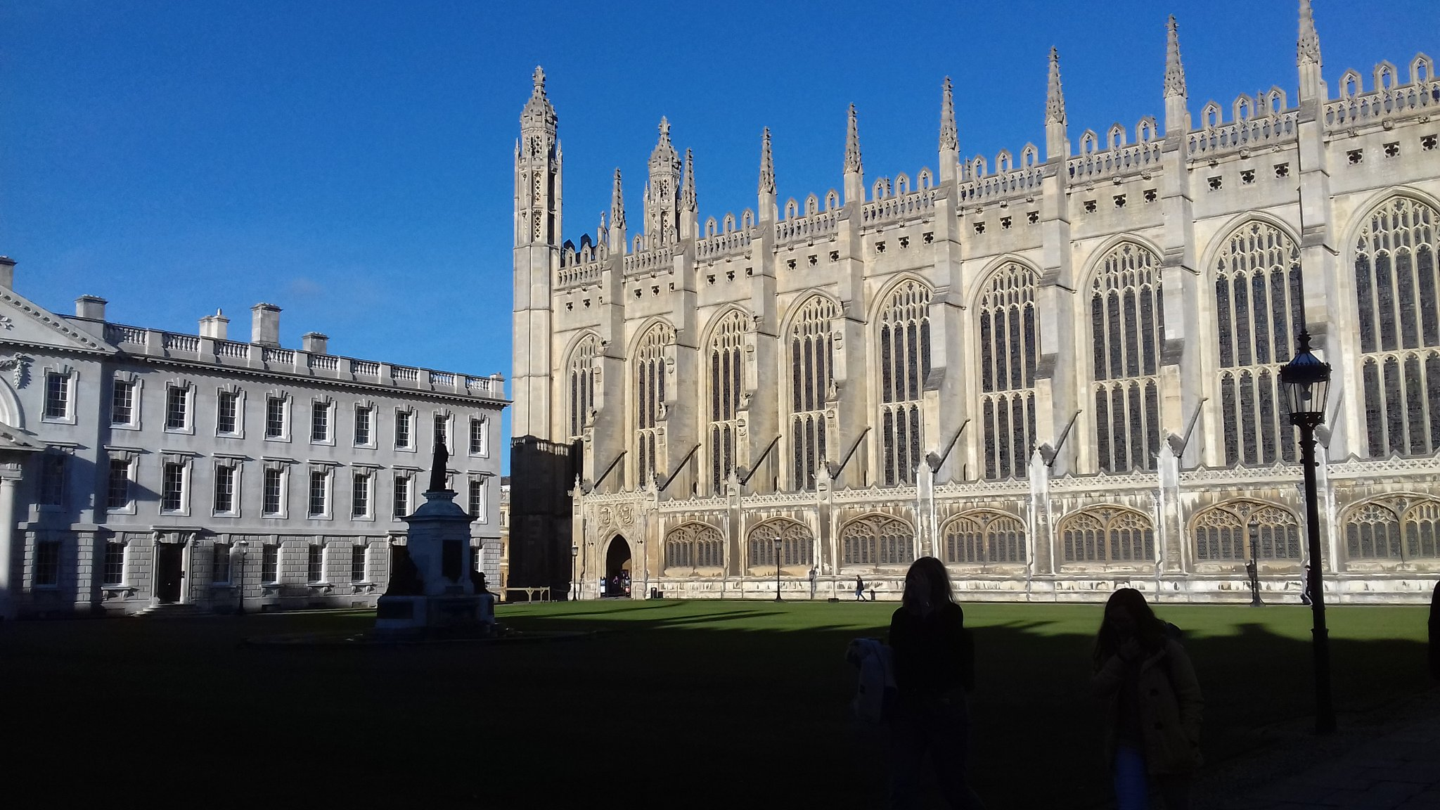 Great location for historic libraries forum conference @Kings_College & beautiful morning in cambridge #HLFImpact16 https://t.co/UJaVggTG00