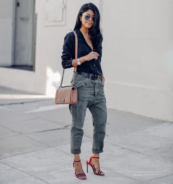 Cargo pants via Walk in Wonderland walkinwondrland ootd