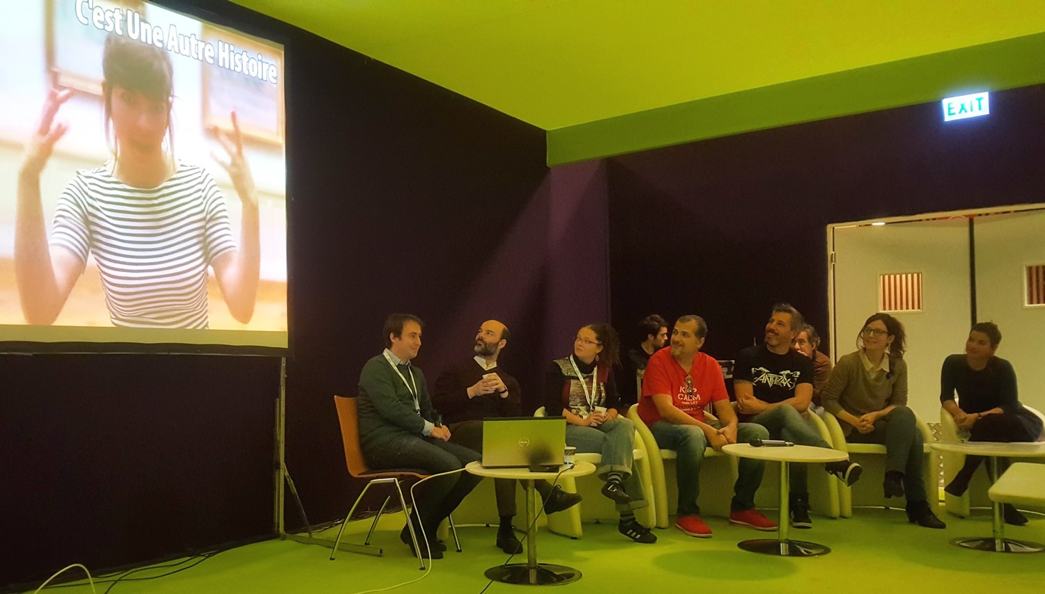 6 vulgarisateurs ouvrent la table-ronde. #parisedweek #educatectice https://t.co/1rsBhYhE3c