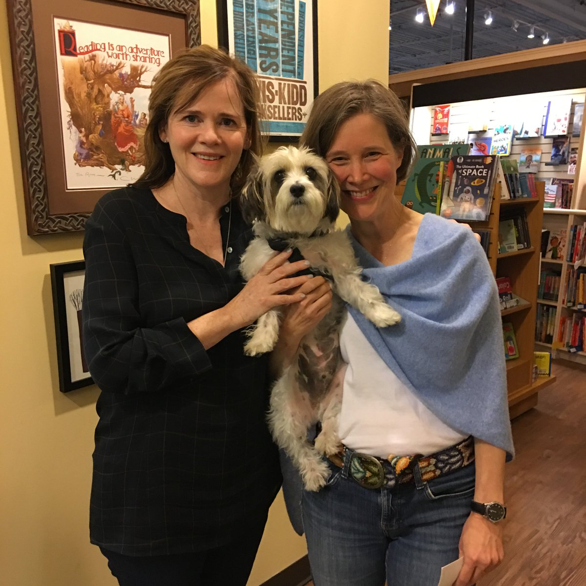 And you, Ann Patchett and Sparky, kisses for a terrific night in #Nashville. @ParnassusBooks1