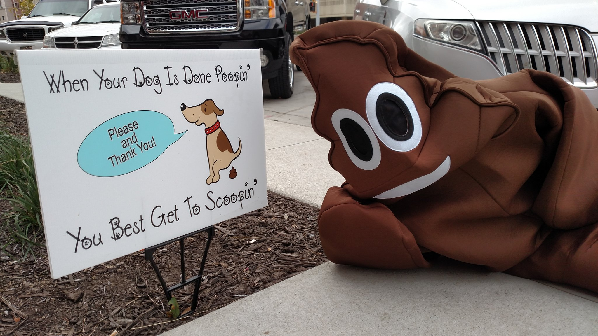 Ah come on! Bring the bag with you!  #topeka #worldtoiletday https://t.co/l9xUpY7sEz