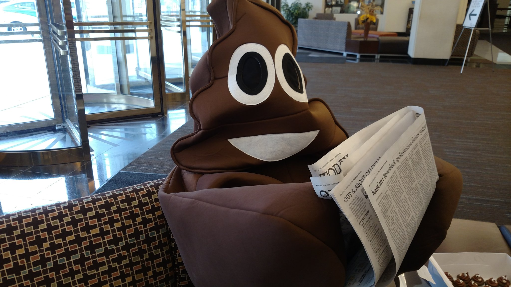 Hey @CJOnline, #poopsuit says thanks for ink! #awesome #worldtoiletday  #topeka https://t.co/cbpZvKUud1 https://t.co/6DXgfjRzXh