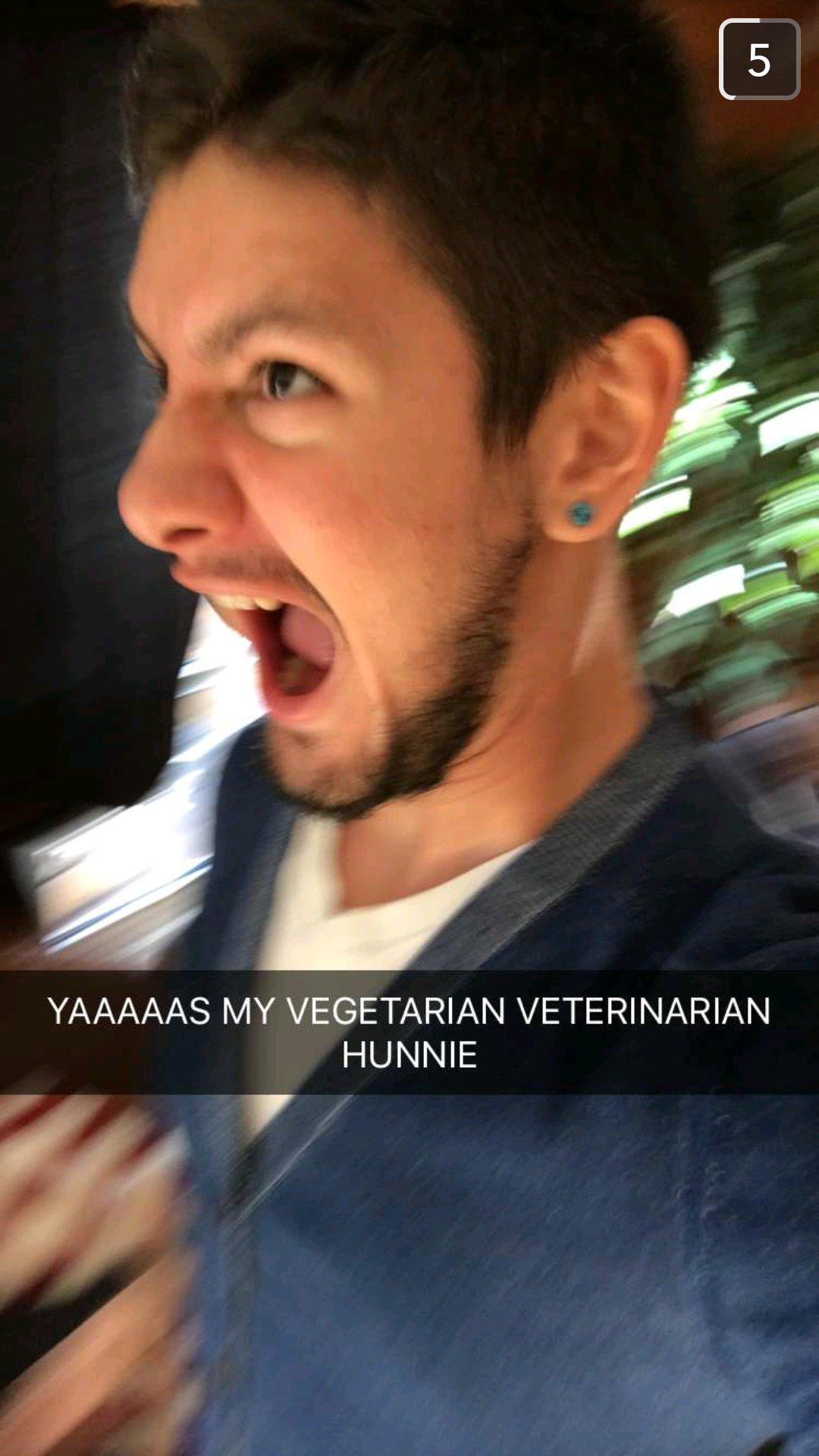 Vegetarian veterinarian hunnie™ https://t.co/rAjzSS0shj