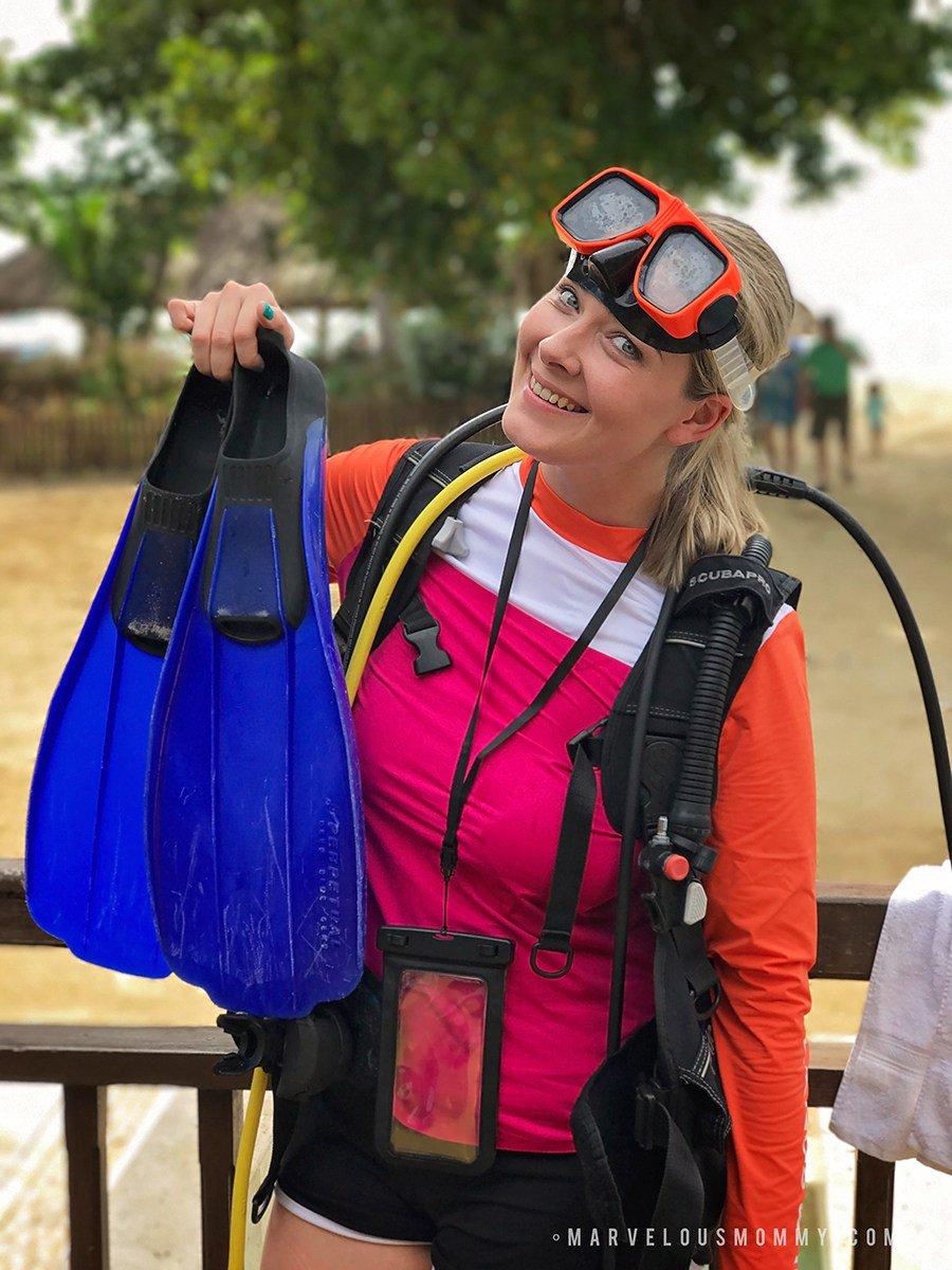 Scuba Diving in Jamaica | 30 BEFORE I'M 30 #BeachesMoms #30BeforeIm30 #bucketlist https://t.co/rZz7yPWi78 https://t.co/EXY4ZPP6ju