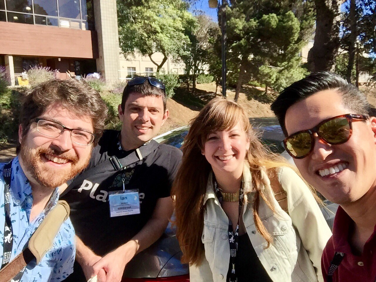 Ready for #SciCommCamp with @kellievinal @IHStreet @TestTubeGames https://t.co/D7w5SwjAud