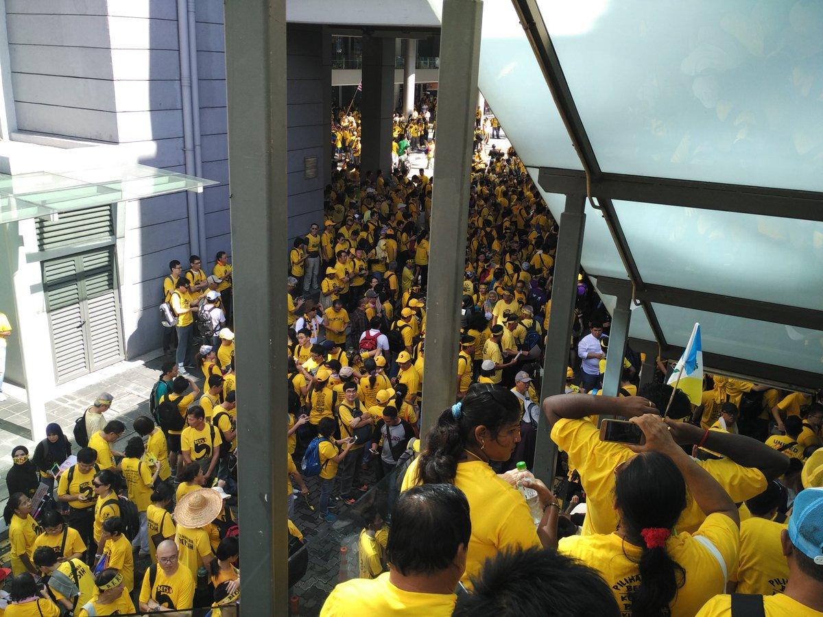 Dataran Maybank #bersih5 https://t.co/mrnxlOgbYR