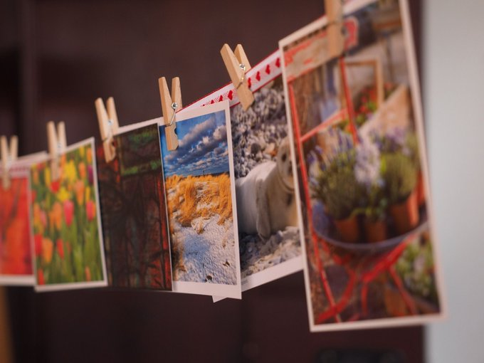 Learn how to make your own Christmas cards here: derbyshire crafts