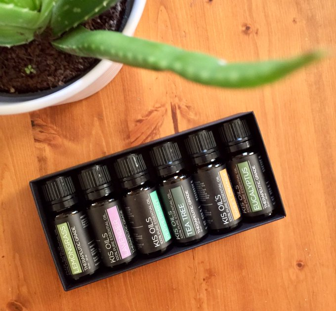 ICYMI: using EssentialOils for beauty + wellness | | lbloggers bbloggers |