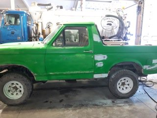 Ford Bronco DIY with my dad.: submitted by /u/SocialyAwkwardLawyer [link] [comments]