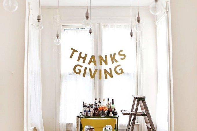 Dozens of Thanksgiving Crafts for a Fabulously Festive Feast via AptTherapy DIY -