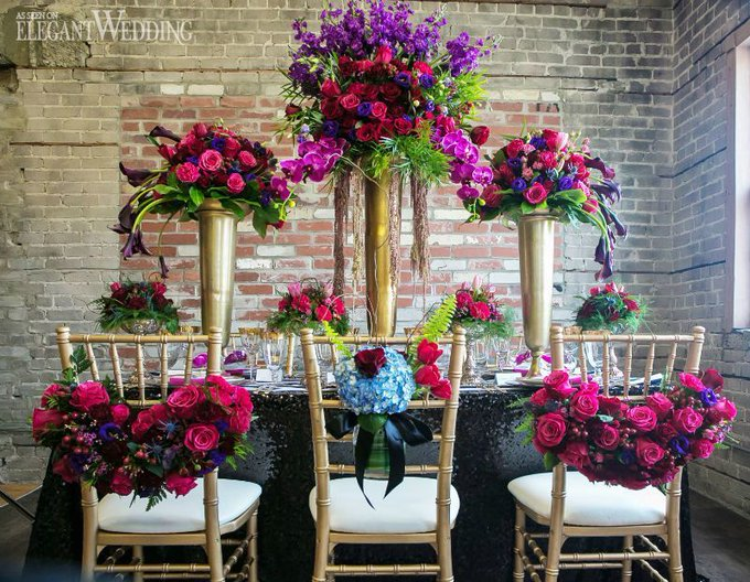 Wedding flowers dont have to be expensive! Learn to DIY yours with these & a Free eBook!