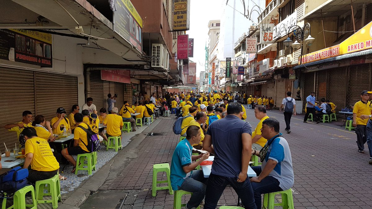 Small traders are badly affected by the Bersih rally. Cant you see? https://t.co/YAZbRiZNSv