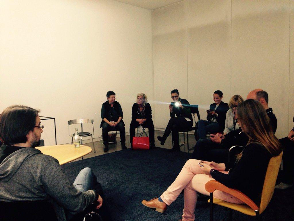 Erste schwierige Frage: Stuhlkreis Ja oder Nein? #sckb16 https://t.co/SJVq3VUWtz