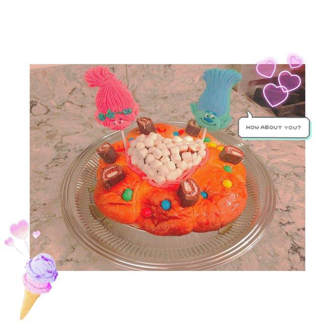 1 pic. yum..🎂  #cooking #暇つぶしに友達とケーキ作り https://t.co/TpFuWtzo9R