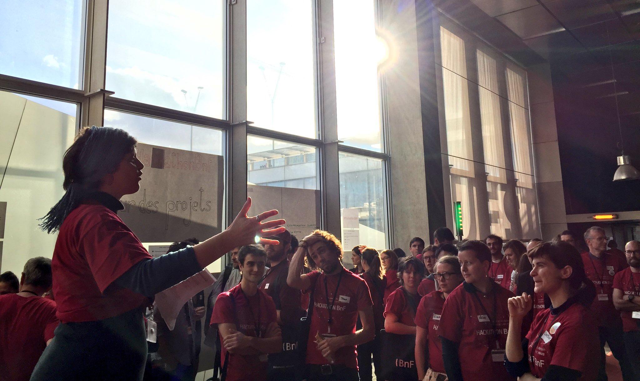 #hackathonBnF @archives_masala lance l'appel au pitch : les équipes sont appelées à se former rapidement ;) https://t.co/GWH4zXzITW