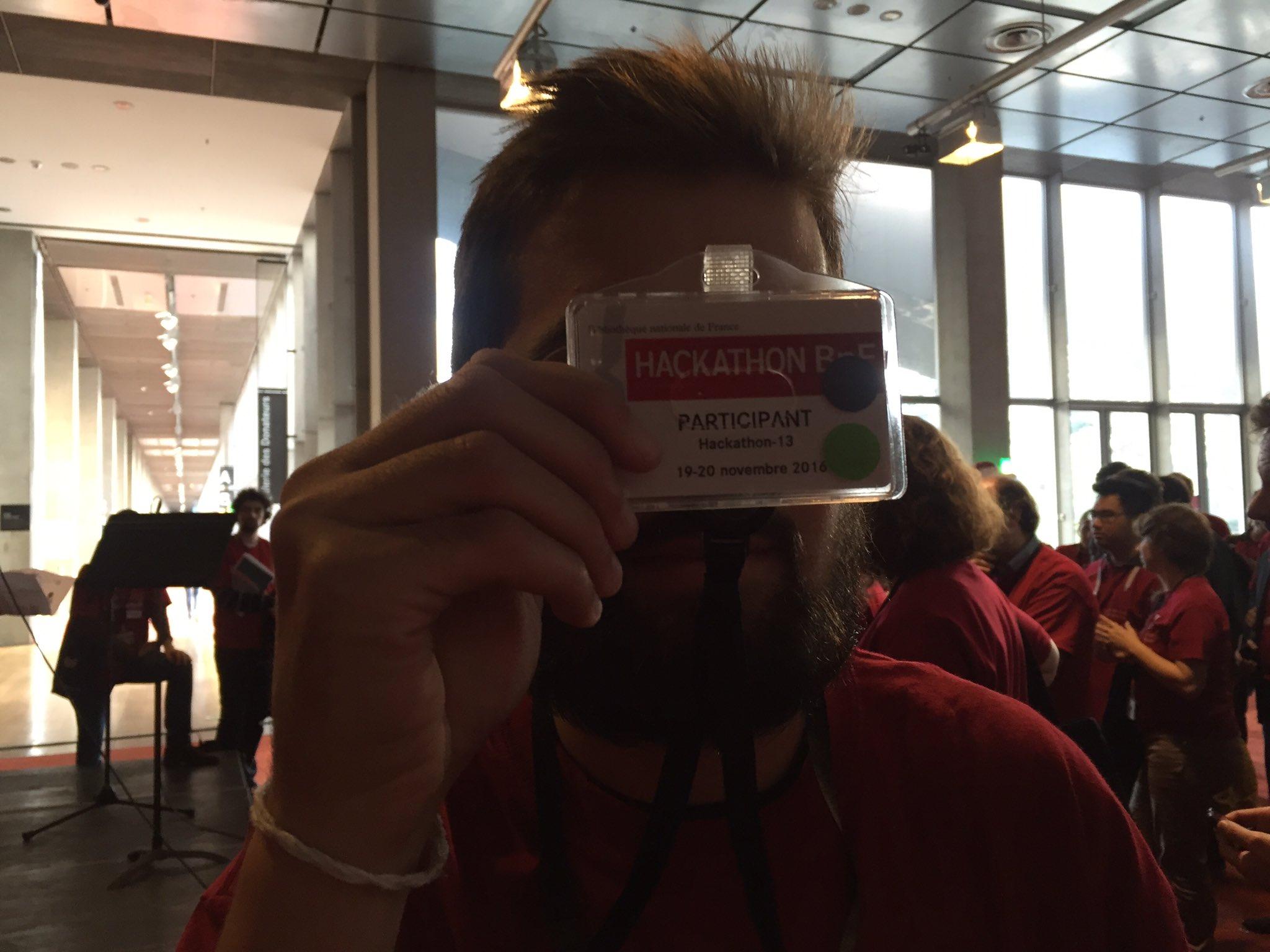 #hackathonBnF @seeksanusername propose d'établir des corpus visuels. Avis aux amateurs d'images décalées, il est seul pour le moment !! https://t.co/JenDnF6P8A
