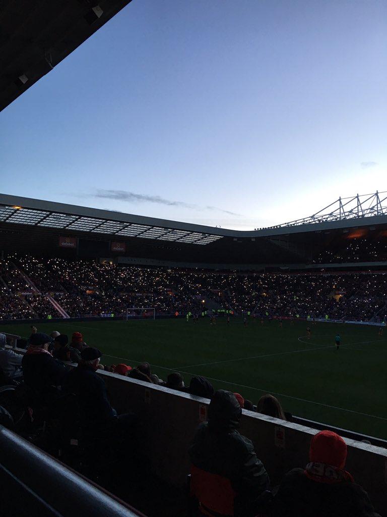 Темний вечір на Стадіоні Світла - изображение 2