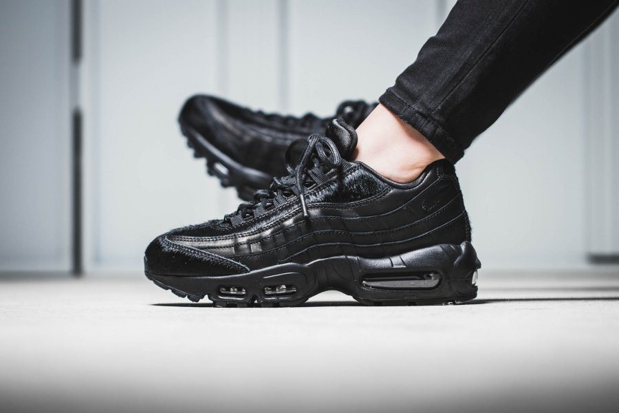 newest f6008 069d2 Nike Air Max 95 Black  Pony Hair  Pack. Hot or not   http   thesolesupplier.co.uk release-dates nike nike-air-max-95-black-pony- hair-pack  …pic.twitter.com  ...
