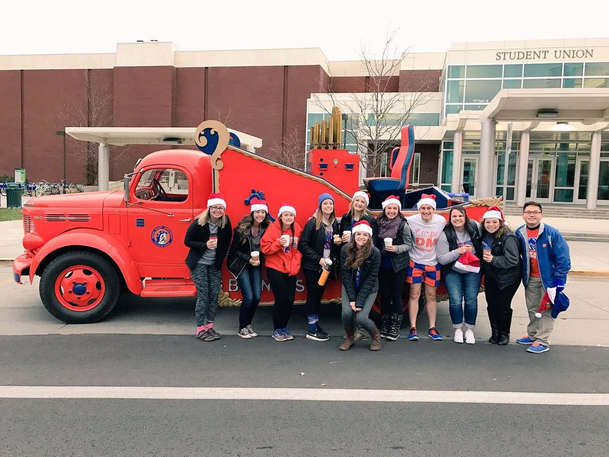 Boise State University On Twitter This Morning Asbsu Boisestatedm And Dept Of Public Safety Rode The Boisestate Calliope At Holiday Parade