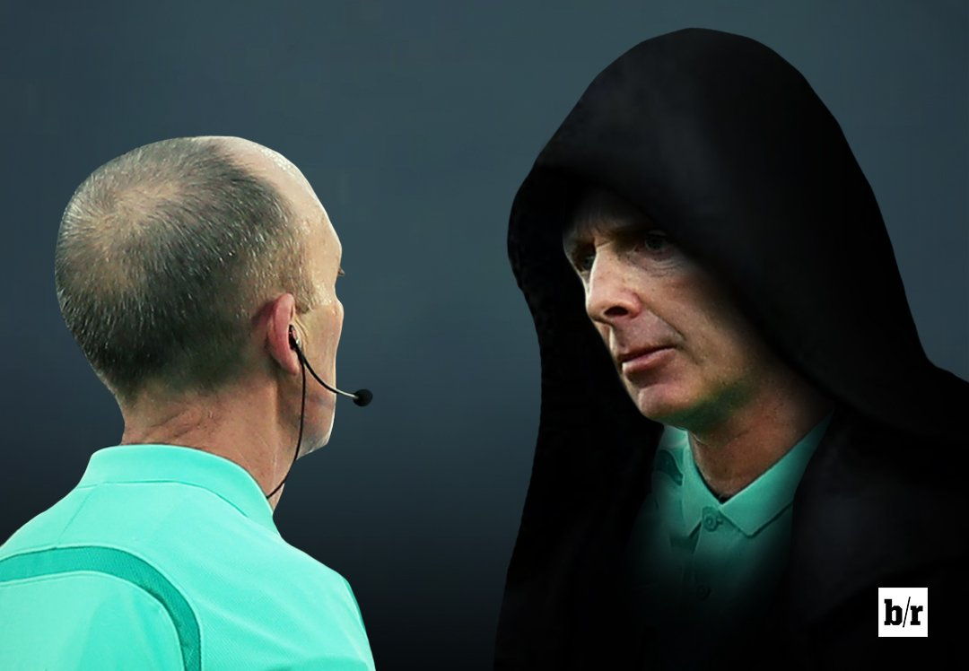 Mike Dean: Don't make it all about you today. Mike Dean: Make it all about you. #TOTWHU