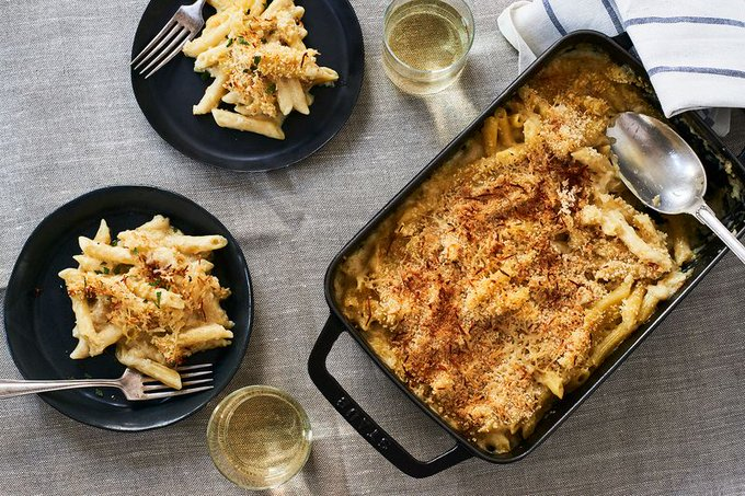 Mac and Cheese Makes A Pact With Mustard, Truffles, and White Wine - Recipes Heaven