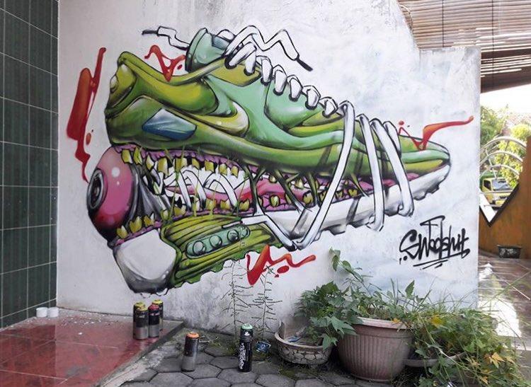 New Street Art by Swdsht #art #mural #graffiti #streetart http://pic ...