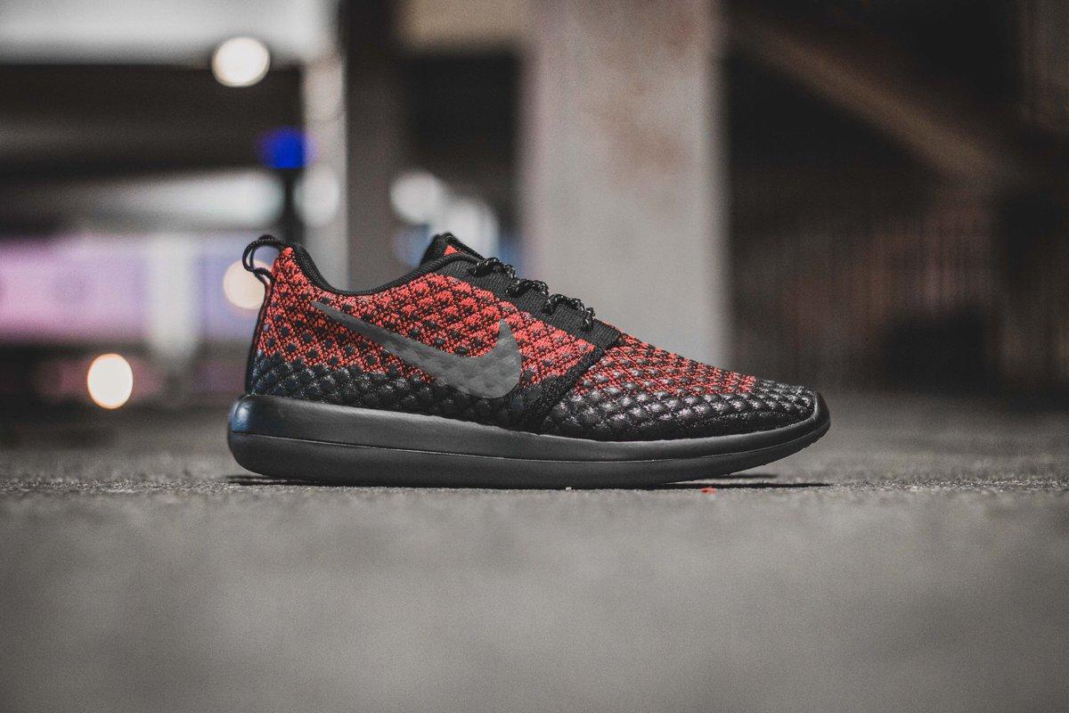 Cheap Nike Sportswear ROSHE TWO SI Sneaker low oatmeal / ivory