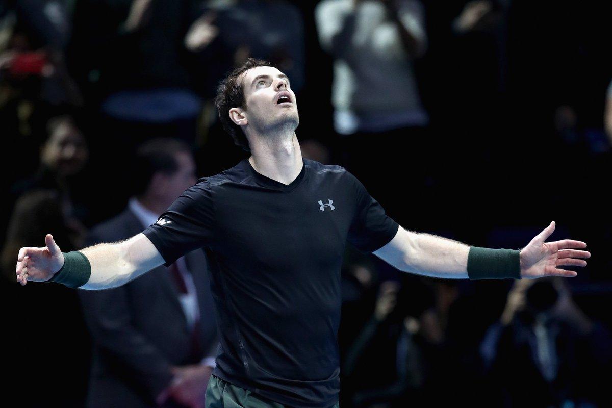 Murray batte Djokovic a Londra ed e il numero uno nel mondo del tennis