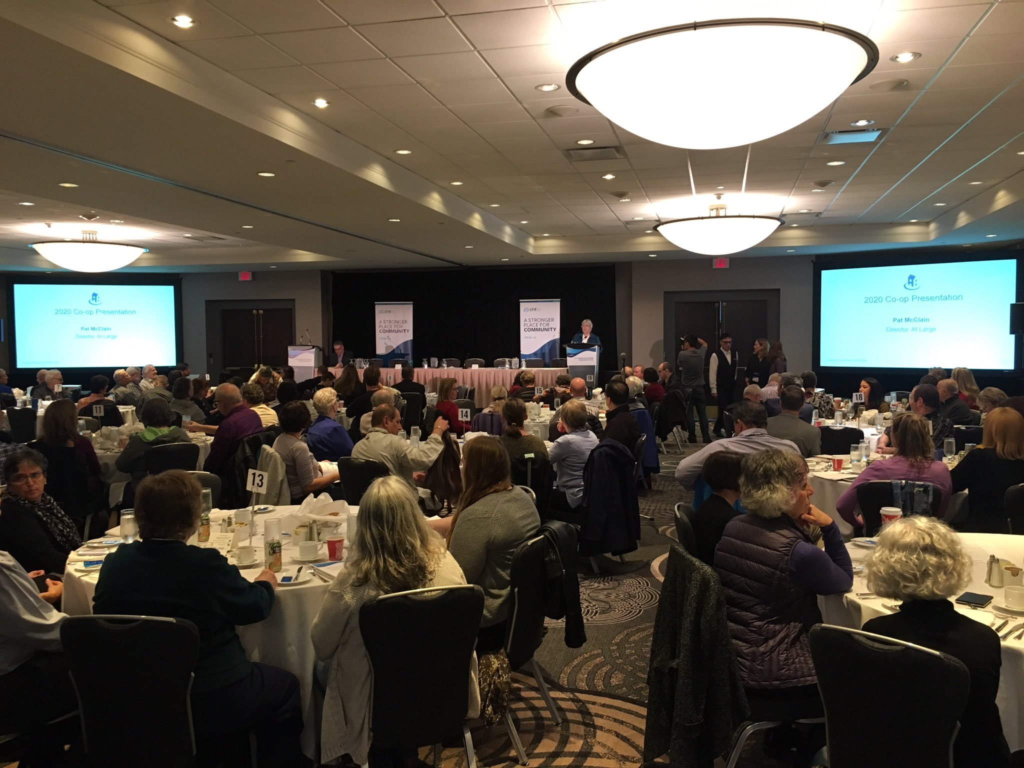 Full house at the @chfbc AGM! I look fwd to facilitating the Our Movement Our Future forum later today. #housingcentral https://t.co/GOPzhUoZIK
