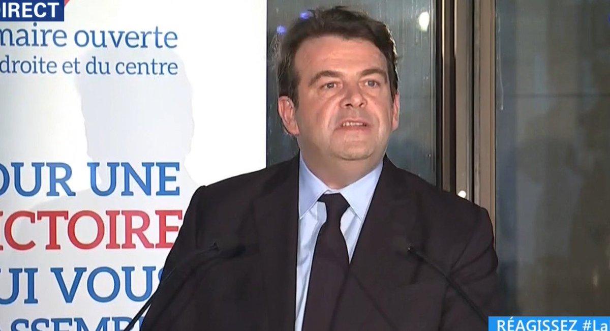 Sur 2.913 bureaux :  ► Fillon 42,8% ► Juppé 26% ► Sarkozy 24,4% ► Le Maire 3% ► NKM 2,1% ► Poisson 1,4% ► Copé 0,3%  #E1Primaire #LaPrimaire