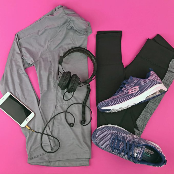 Looking good in Skechers workout gear. SkechersStyle OOTD