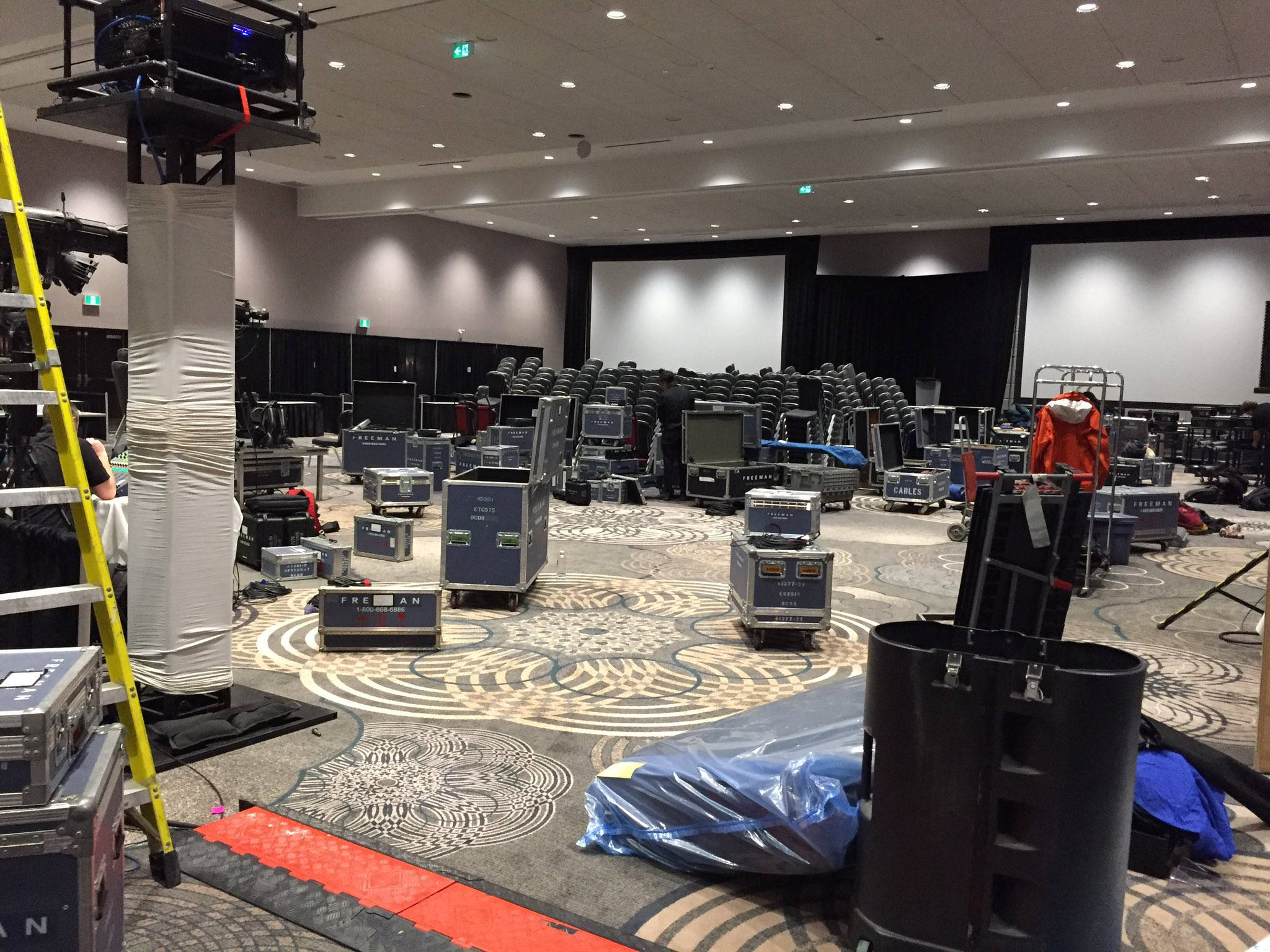 BEHIND THE SCENES: We're almost ready #housingcentral delegates - are you? Get ready for 3 days of education and networking! https://t.co/1Fl2v0cVFo